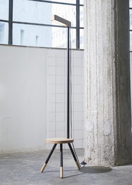 As peças do Estudio Surdico são desenvolvidas para assegurar conforto, estilo e versatilidade, a exemplo da luminária Stella