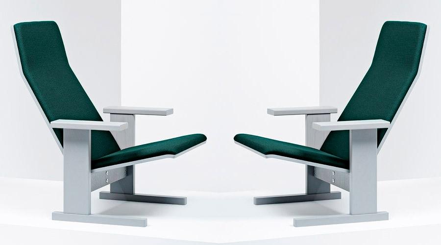 Os irmãos Ronan e Erwan Bouroullec, junto com a Mattiazzi, apresentaram a cadeira Quindici. O estofamento verde floresta se destaca entre os acabamentos