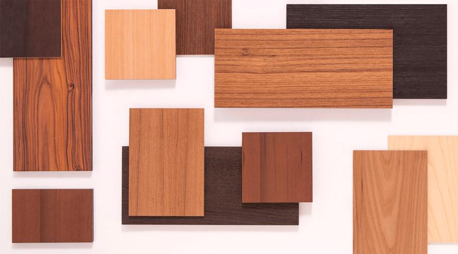 A madeira traz calor, materialidade, tradição, experimentação, pesquisa e personalização. Ela tem aptidão natural e aceita vários acabamentos