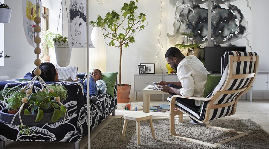 O que a IKEA propõe com o catálogo 2018 é que as pessoas criem espaços para viver, não importa se você vive num pequeno imóvel ou tem filhos