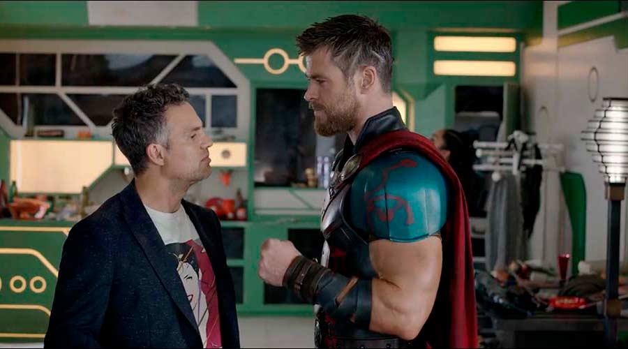 """Daniela Madeiros trabalhou como set designer no filme """"Thor: Ragnarok"""", da Marvel"""