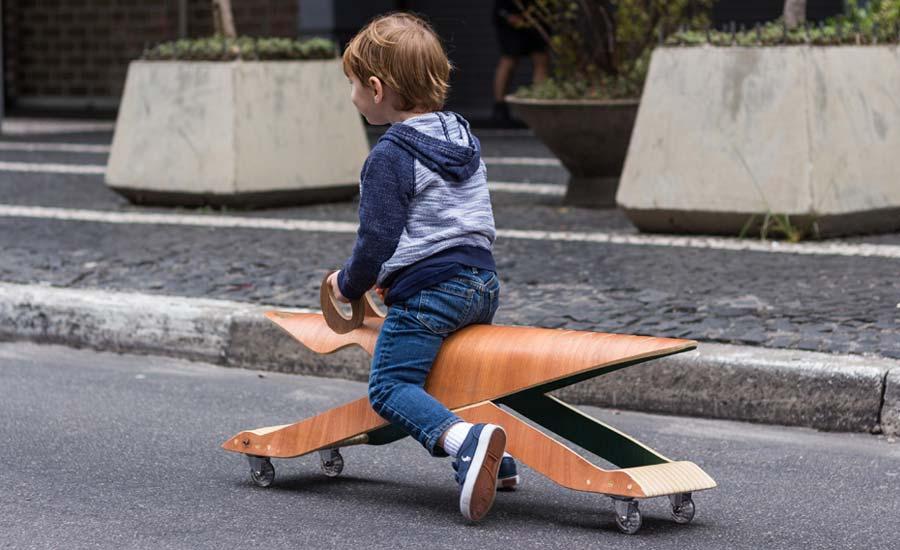 Noos, de Karina e Eduardo Sucre, fabrica móveis a partir da perspectiva das crianças. Peças são lúdicas, ergonômicas e com design contemporâneo