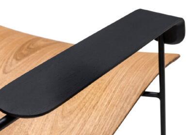 Vinicius Siega é designer e seus móveis chamam atenção pelo equilíbrio, design minimalista e harmonia entre matérias-primas. Veja coleção para Carbono Design