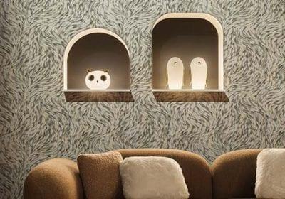 Moooi apresenta um universo místico e pontos de vista inspirados pela extraordinária diversidade da vida. Produtos incluem móveis, tecidos, revestimentos de parede, tapetes e luminárias
