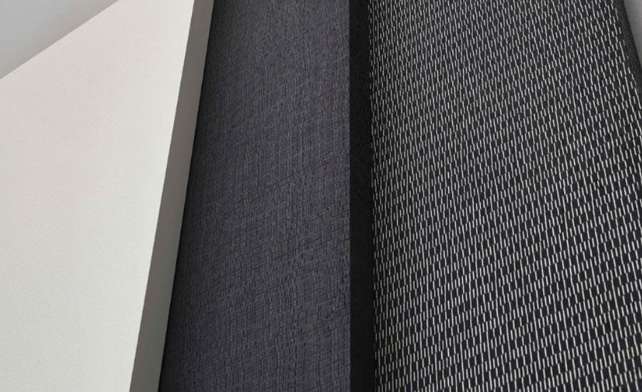 O trabalho com as Lâminas Alpi, indica a fabricante, permite também criar peças e móveis mais amplos e que oferecem a continuidade nos desenhos dos veios